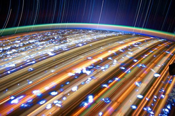 Fotos em longa exposição do espaço (1)
