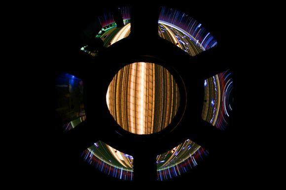 Fotos em longa exposição do espaço (9)