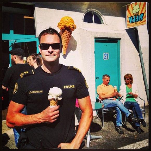 Polícia de Reykjavík - Islândia 11