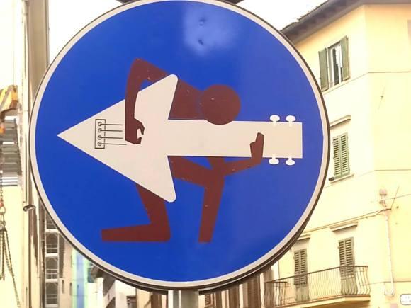 Street art - clet - 1