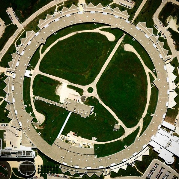 Acelerador de partículas no laboratório de Argonne - Chicago - EUA - Fotos aéreas