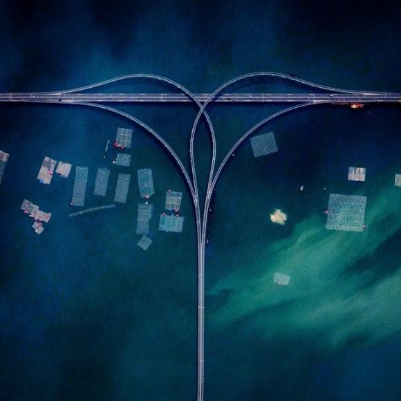 Ponte da baía Jiaozhou conecta Qingdao e Huangdao - China - Fotos aéreas