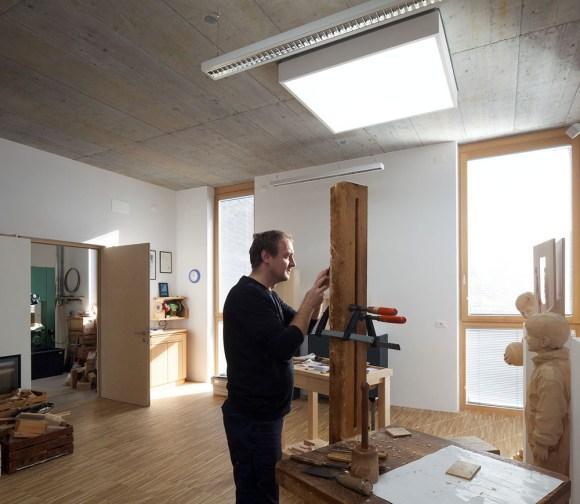 Esculturas hiper-realistas em madeira - PeterDemetz 15
