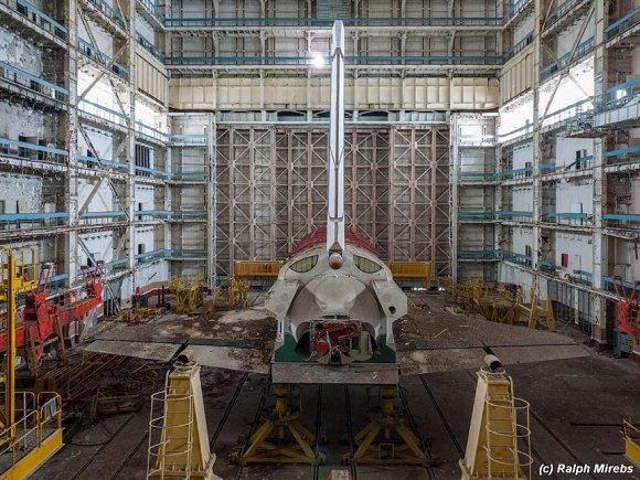 Prédio abandonado com tesouro na Rússia 11