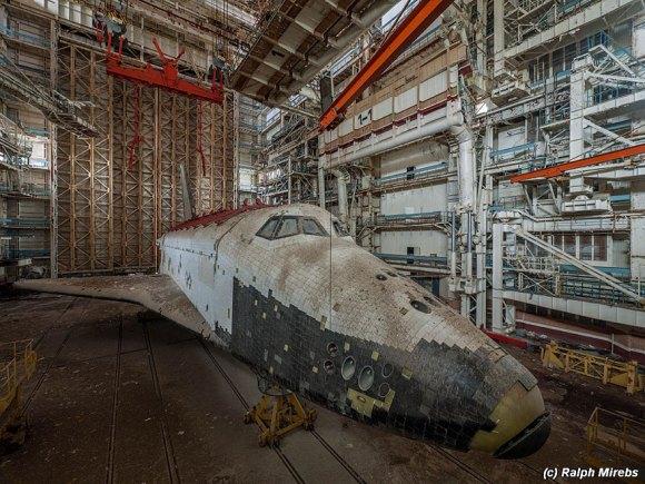 Prédio abandonado com tesouro na Rússia 16