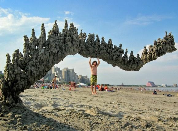 Esculturas de areia diferentes 11