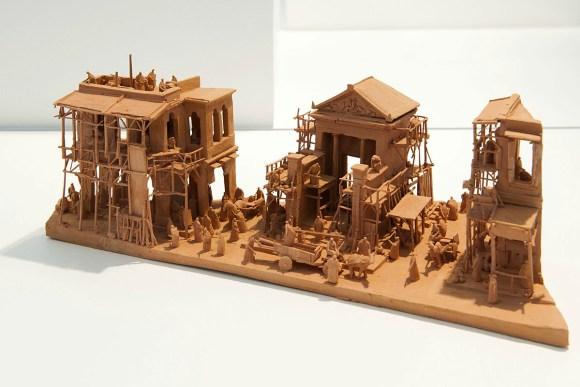 Esculturas futurísticas em cerâmica 7 - Ph. De Gobert