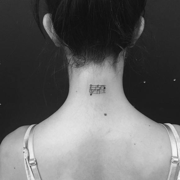 Tatuagens minimalistas 9