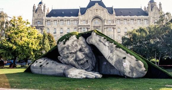 Escultura de um gigante 1