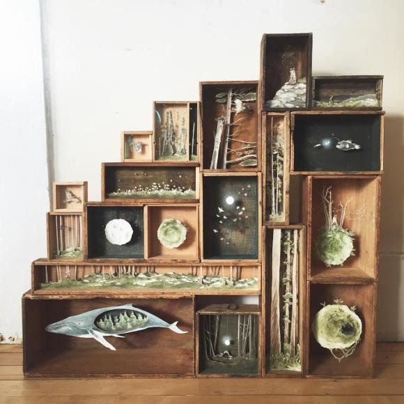 Arte - mundos em caixas de madeira 7