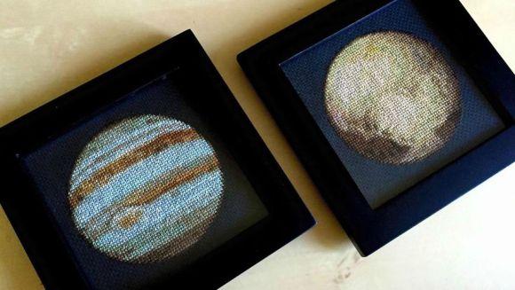 Bordado de planetas - Júpiter e Plutão