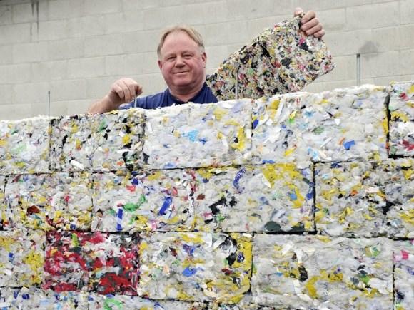 tijolos-de-plastico-reciclado-1