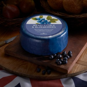 Somerdale Wensleydale with Blueberries