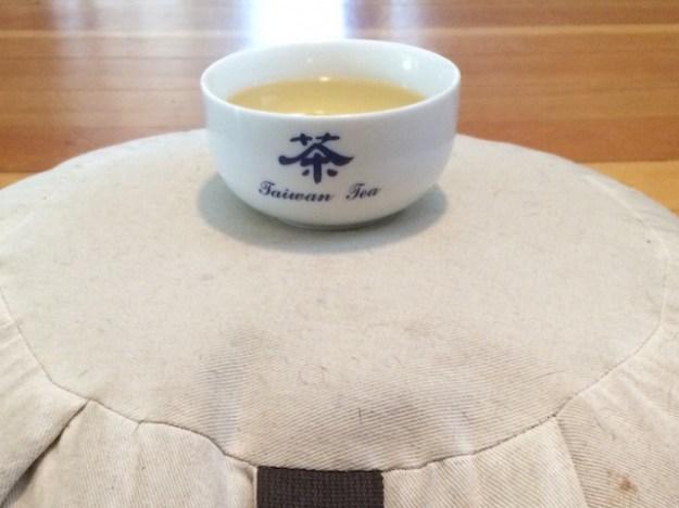 tea-on-zafu