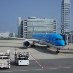 KLMの機内食は?関空成田~アムステルダムでエコノミーコンフォート体験!