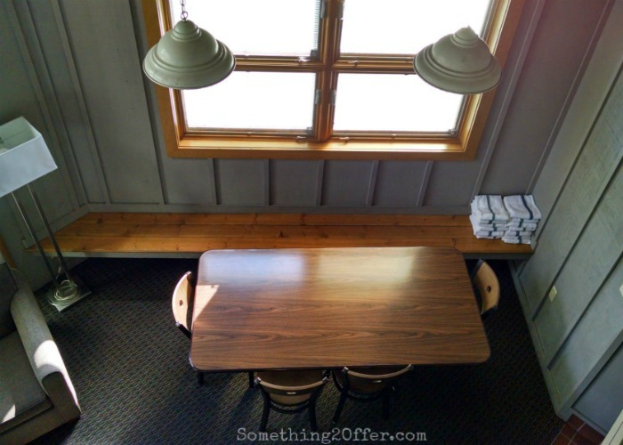 Maumee Bay Cottage Dining Area