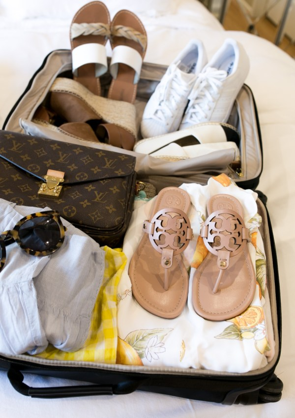 What Shoes to Pack for a Summer Vacation