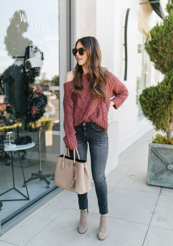 10 Off-the-Shoulder Sweaters for Fall