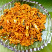 Netholi Thoran (Anchovies in Grated Coconut)