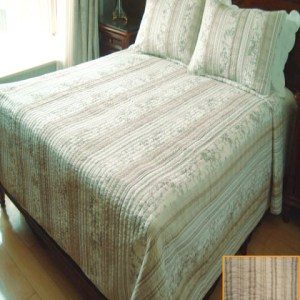 French Country Vintage Inspired Patchwork Bed Quilt - Valencia - New (T)
