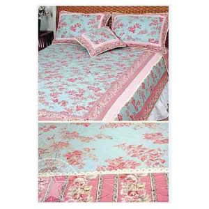 French Country Patchwork Bed Quilt Fuschia King RRP $250 New