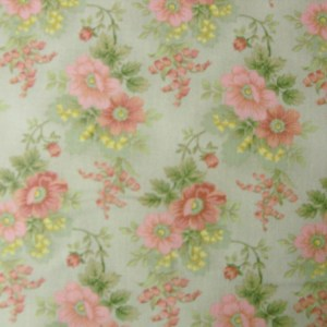 Quilting Patchwork Sewing Fabric GENTLE GARDEN FLORAL GREEN 50x55cm FQ NEW