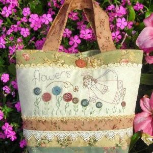 Quilting Sewing Bag Pattern FLOWERS & ME Sally Giblin Rivendale Collection NEW