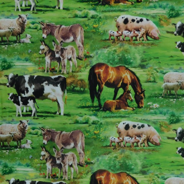 Patchwork Quilting Sewing Fabric FARMYARD SUNNY PASTURES 50x55cm FQ New