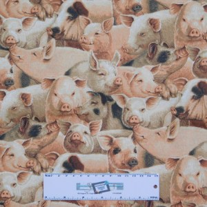 Patchwork Quilting Sewing Fabric PIGS ALLOVER 50x55cm FQ New Material