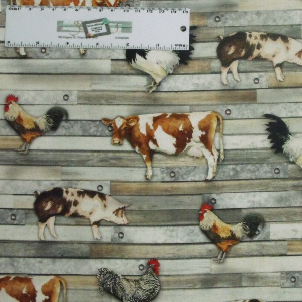 Patchwork Quilting Sewing Fabric FARMHOUSE COW PIG CHOOK 50x55cm FQ New