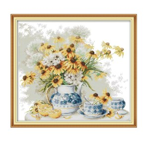 Cross Stitch Kit DAISY and PORCELAIN X Stitch Joy Sunday Designs Incl Threads New