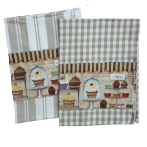 Country Style New Tea Towels Set of 2 CUPCAKES Handmade Teatowels New