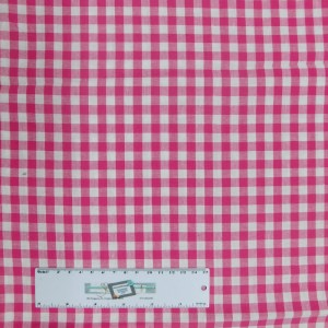 Quilting Patchwork Sewing Fabric HOT PINK GINGHAM CHECK 50x55cm FQ New