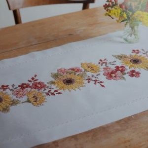 Cross Stitch and Embroidery Kit SUNFLOWER Table Runner Incl Threads Rico New