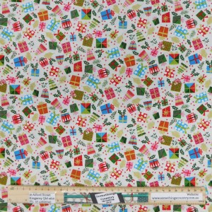 Quilting Sewing Fabric CHRISTMAS PRESENTS Allover Material 50x55cm FQ