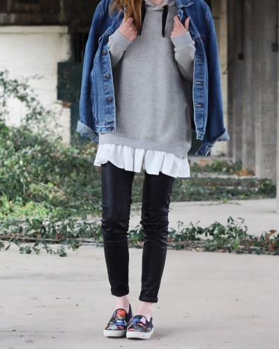 Oversized denim x sweatshirt
