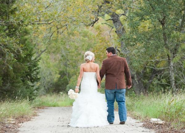 ST_Jennifer_Weems_Photography_country_wedding_0017.jpg