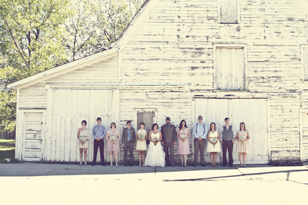 ST_Red_Bloom_Photography_rustic_wedding_1