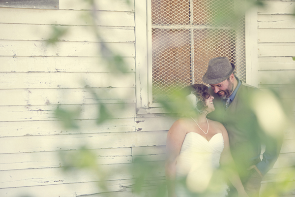 ST_Red_Bloom_Photography_rustic_wedding_17
