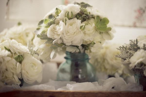 ST_Ashley_Davis_Photography_farm_wedding_0002.jpg