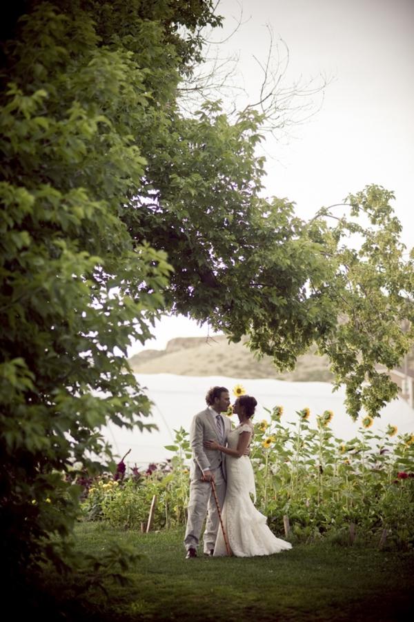 ST_Ashley_Davis_Photography_farm_wedding_0026.jpg