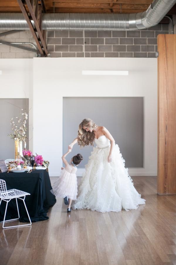 ST_Cassandra_Castaneda_Glam_wedding_inspiration_0012.jpg