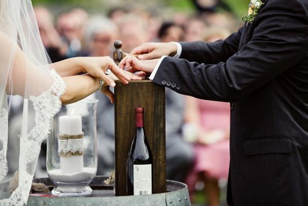 ST_wine_box_ceremony