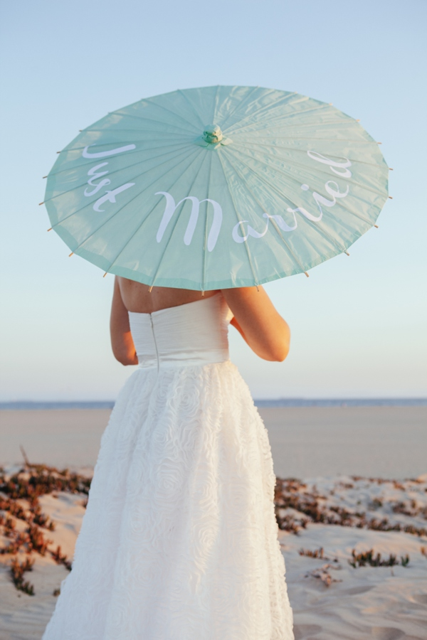 ST_DIY_personalized_wedding_parasols_0015.jpg