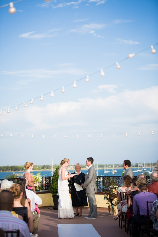 ST_Stephanie_W_Photography_beach_wedding_0017.jpg