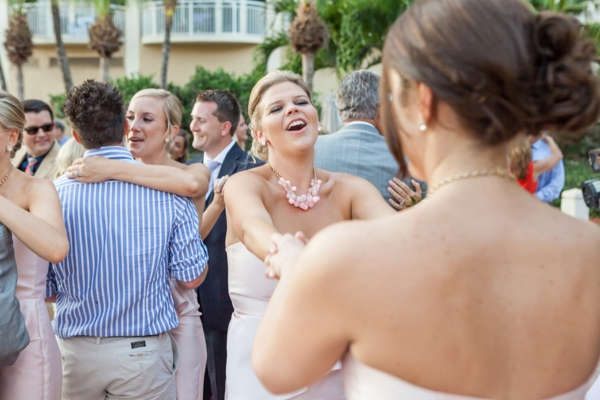 ST_Marie_Angela_Photography_pink_beach_wedding_0035.jpg