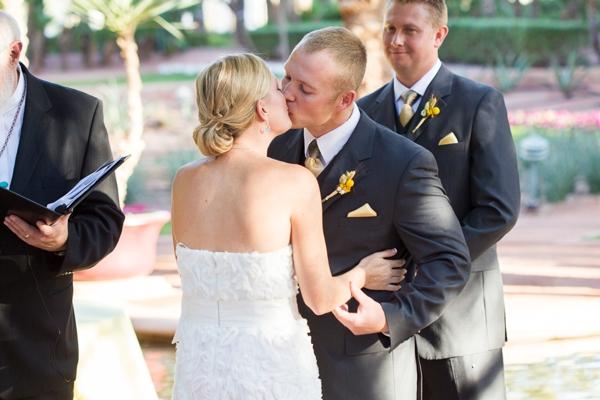 ST_Jennifer_Halen_Phototgraphy_turquoise_yellow_wedding_arizona_wedding_0025.jpg