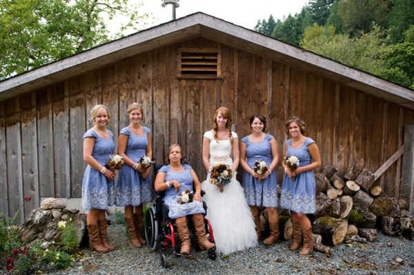 ST-Kristy-Klaassen_Photography-rustic-barn-wedding_0010.jpg