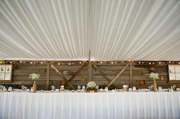 ST-Kristy-Klaassen_Photography-rustic-barn-wedding_0027.jpg