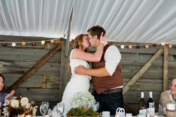 ST-Kristy-Klaassen_Photography-rustic-barn-wedding_0037.jpg